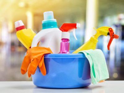 Чем мыть пластиковые окна и подоконники