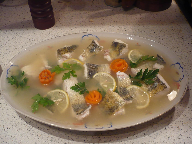 Пошаговый рецепт с фото и видео. Рецепты студней: заливное из морского окуня Заливное из морского окуня