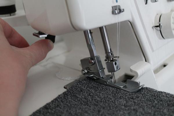 Совсем несложно и доступно всем: как шить трикотаж на обычной швейной машине