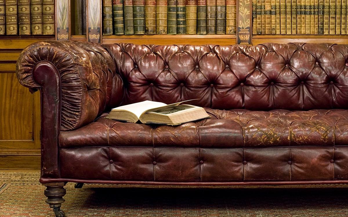 Как обновить кожаный диван