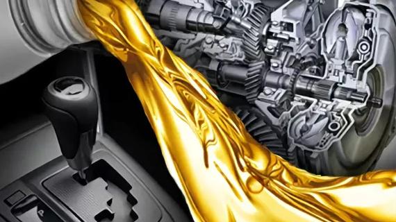 Как поменять масло в двигателе без ямы — поэтапно