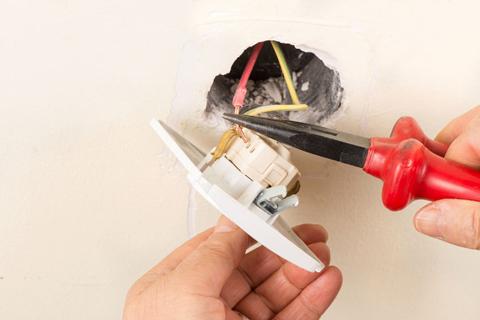 Замена розетки: инструкция как установить и заменить розетку своими руками