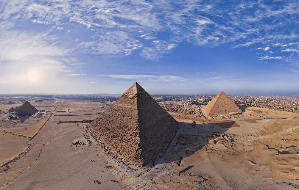 Теплица-пирамида своими руками: этапы строительства