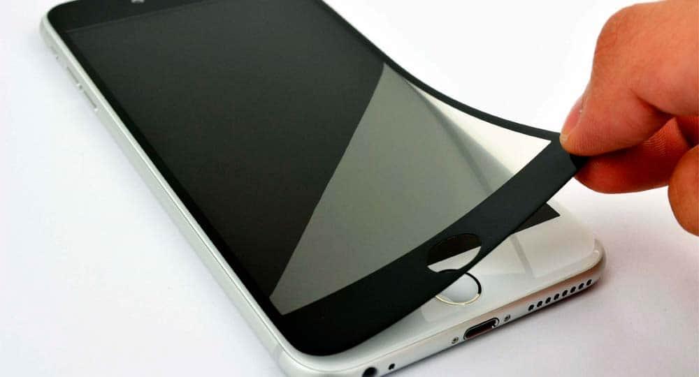 Как клеить стекло на телефон правильно: на Android и Iphone