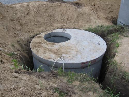 Прокладка канализационных труб своими руками в частном доме