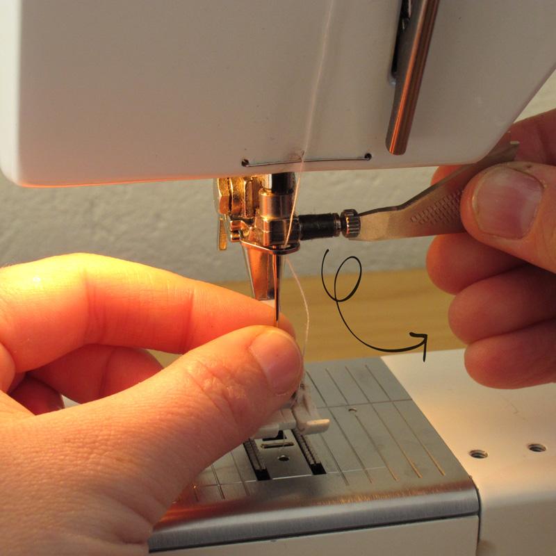 Выбор игл для швейных машинок различного назначения. Как будет правильно вставить иголку в швейную машинку