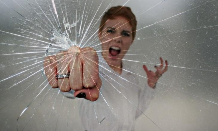 Как приклеить защитное стекло на смартфон Samsung: фото и видео