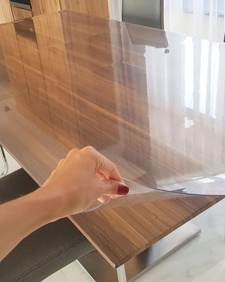 Как приклеить силиконовую клеёнку на стол
