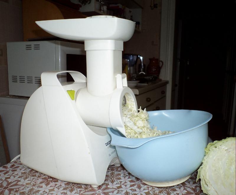 Как мелко нашинковать капусту за 5 минут без ножа