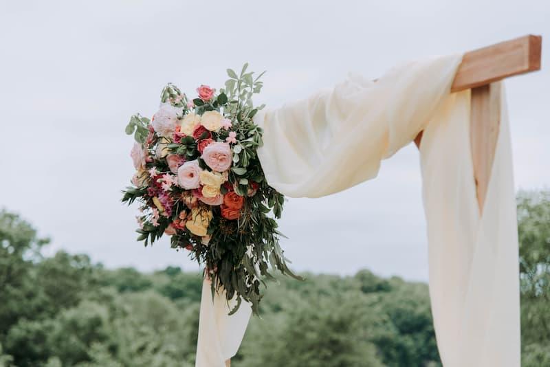 Как украсить дом на свадьбу своими руками — идеи с фото