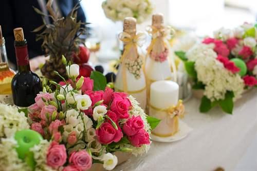 Как украсить квартиру на свадьбу своими руками: фото примеры, лучшие идеи