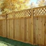 Как изготовить красивый и прочный деревянный забор своими руками