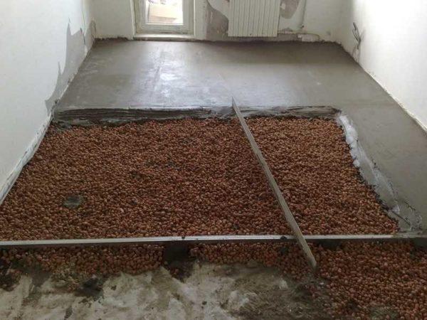 Разбираемся, как утеплить бетонный пол в; гараже