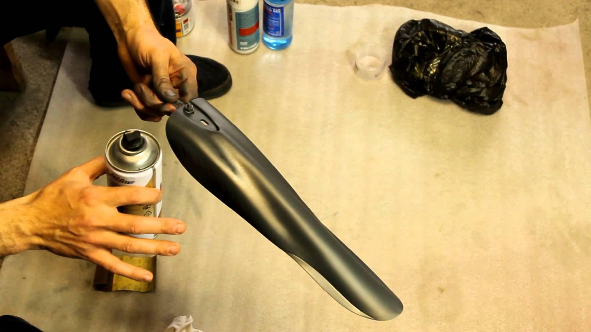 Краска-спрей для пластика: каких видов бывает и как применять