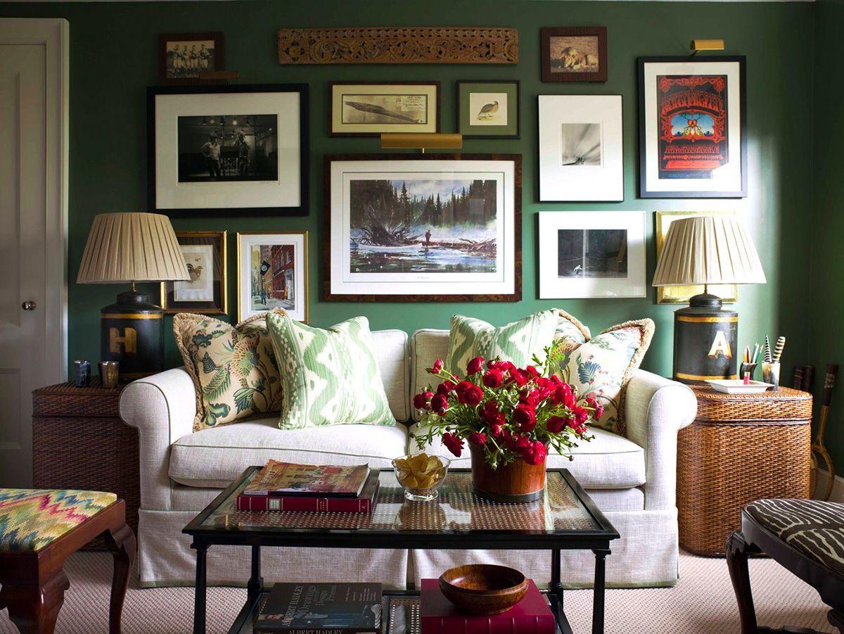 Что повесить над диваном: 12 примеров ковёр
