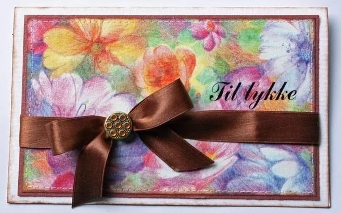 Подарок бабушке на день рождения: напомните о своей любви