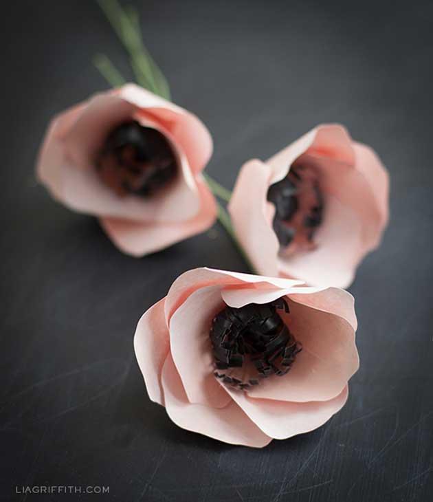 Цветы из бумаги. Мастер-класс, как сделать легко бумажные цветы