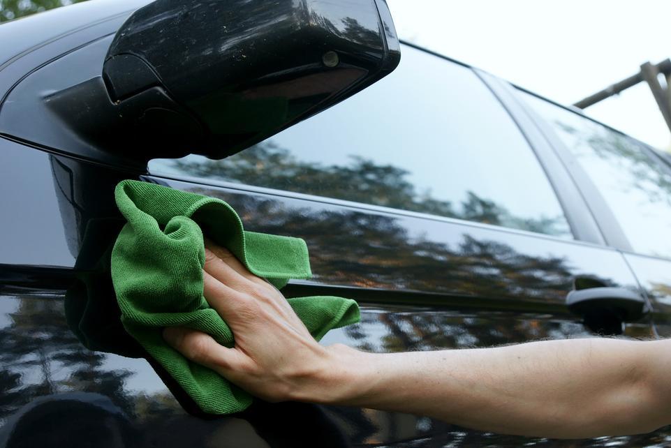 Как правильно отполировать авто в домашних условиях