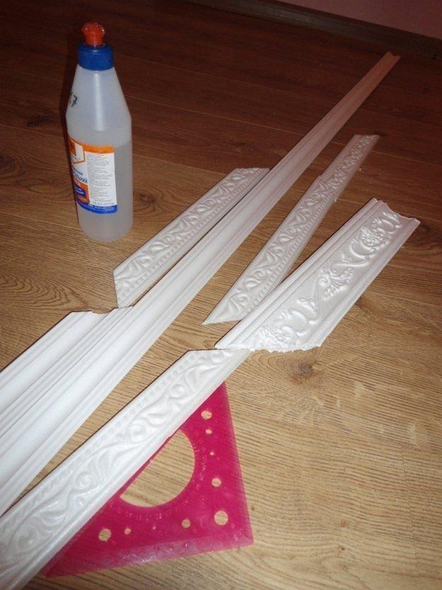 Декор своими руками: делаем рамки из потолочного плинтуса