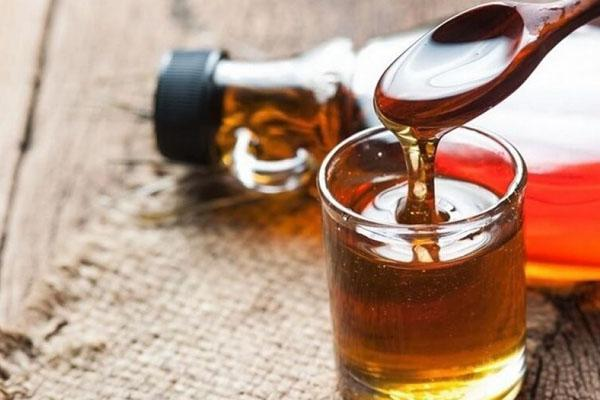 Кленовый сок: тонкости заготовки, хранения, в чем польза и вред