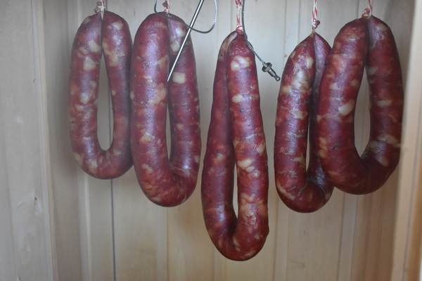 Рецепт колбасы краковской в домашних условиях