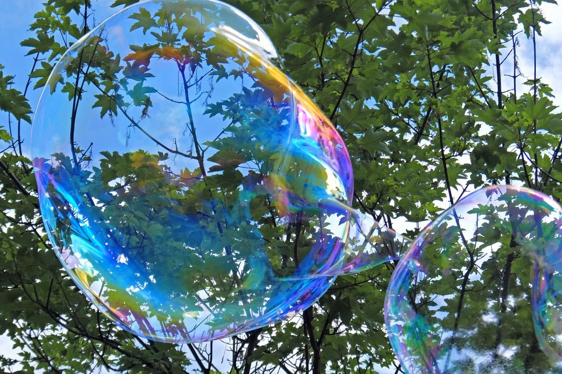 Мыльные пузыри: как сделать в домашних условиях