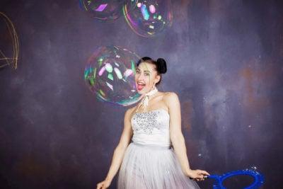Как сделать мыльные пузыри: 10 проверенных методов