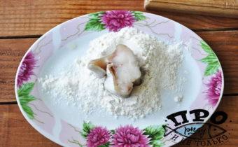 Минтай в яйце и муке. Оригинальные рецепты и советы как приготовить рыбу минтай вкусно и правильно на сковороде со сметаной и в муке