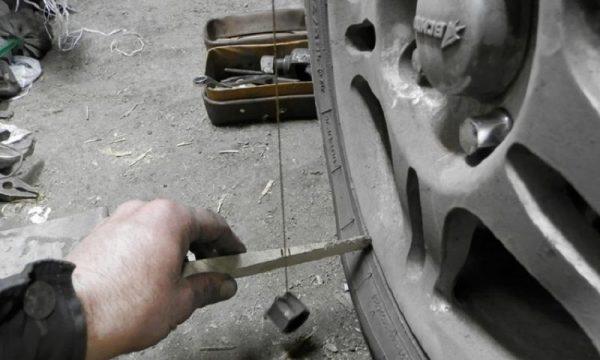 Регулируем развал схождение колес на ВАЗ 2107 своими руками