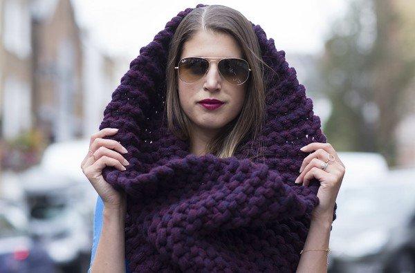 Лучшие шарфы 2021-2022: как модно носить шарф – фото идеи