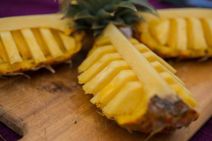 Как красиво нарезать ананас на праздничный стол. Способы нарезки ананаса