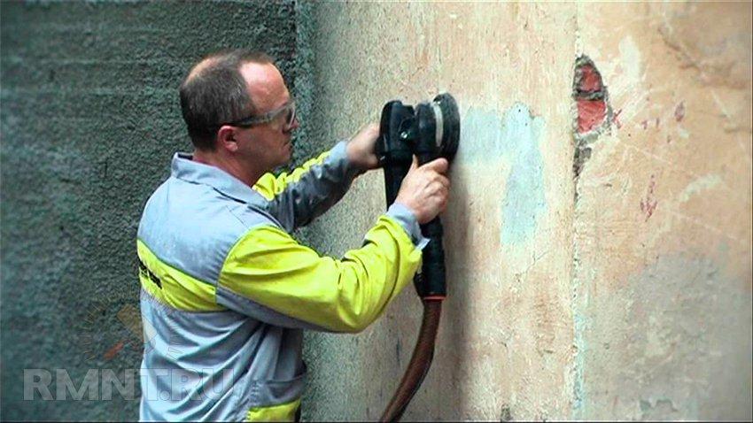 Как быстро снять старые обои со стен