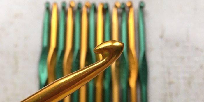 Как научиться вязать крючком с нуля. Уроки основ вязания крючком для начинающих с видео