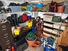 Как выбрать стеллажи для гаража