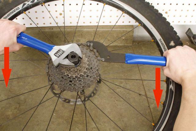 Как разобрать и собрать заднюю втулку велосипеда