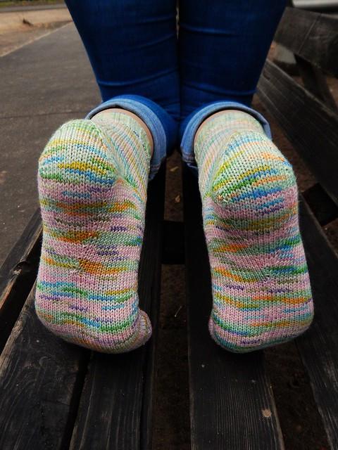 Как вязать носки на 5 спицах