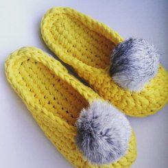Вязание тапочек; пошаговое описание процесса создания стильных и теплых тапочек (120 фото и видео)