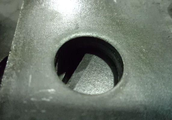 Как вырезать отверстие в металле своими руками