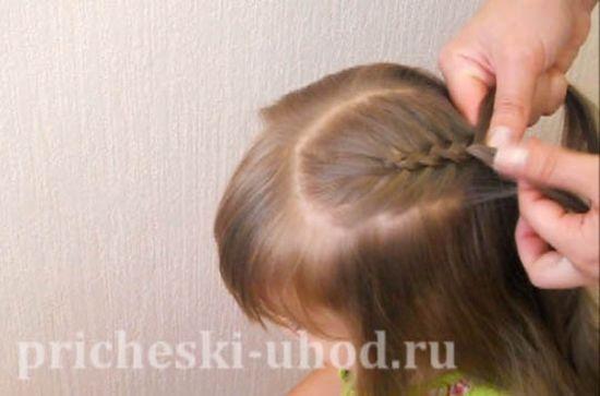 Косички с нитками: особенности плетения