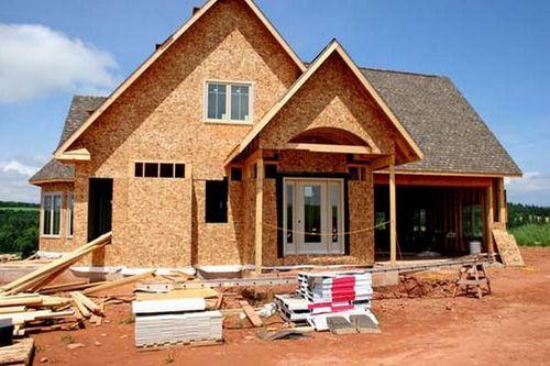 Выбираем чем дешевле обшить дом: бюджетные варианты отделки