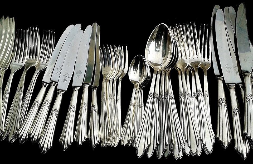 Хороший вопрос: Как почистить серебро в домашних условиях