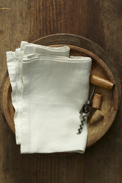 Советы хозяйке: как отбелить домашние кухонные полотенца подручными средствами