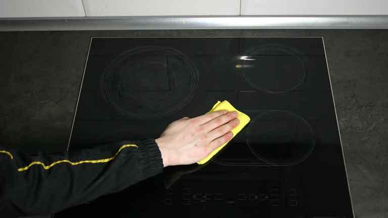 Как отмыть плиту от нагара и жира — лайфхаки с фото