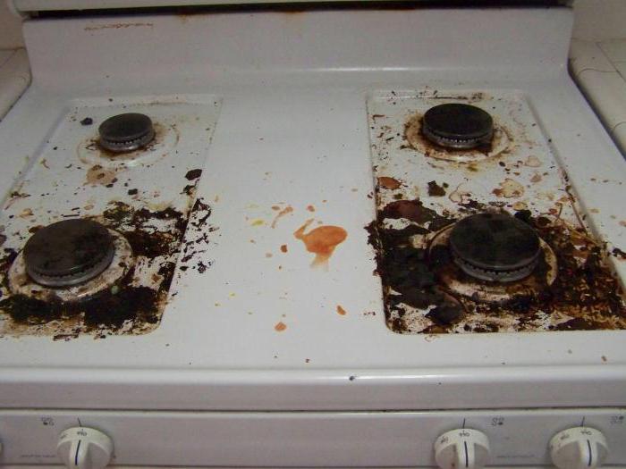 Узнаем как очистить плиту в домашних условиях