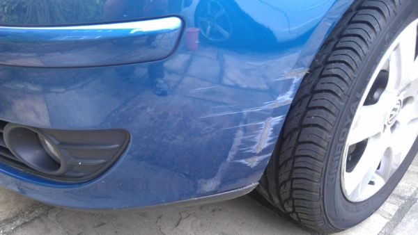 Как отремонтировать пластиковый бампер автомобиля своими руками