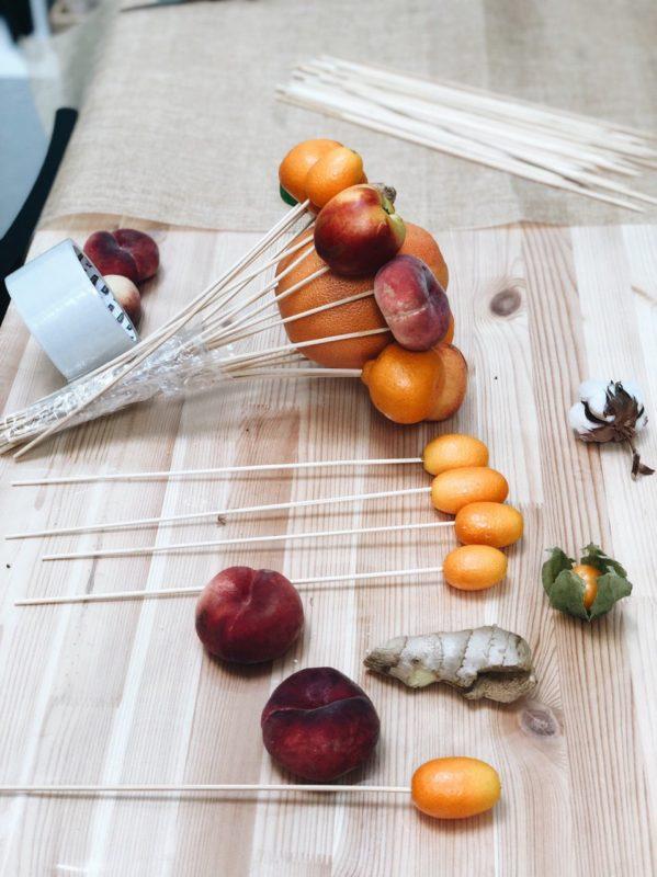 Как сделать букет из фруктов своими руками. Мастер-класс. Пошаговая инструкция. Фото