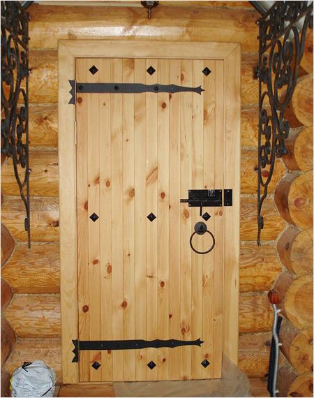 Деревянные двери своими руками: выбор материала, чертежи. Изготовление и монтаж полотна