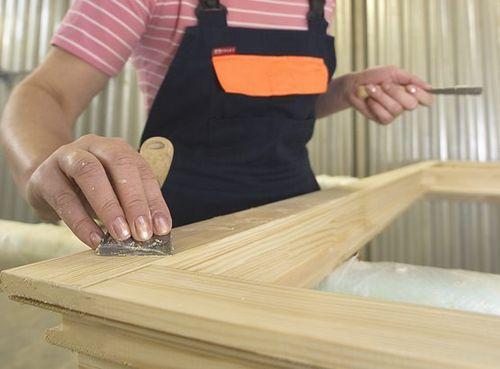 Изготовление и установка деревянной двери