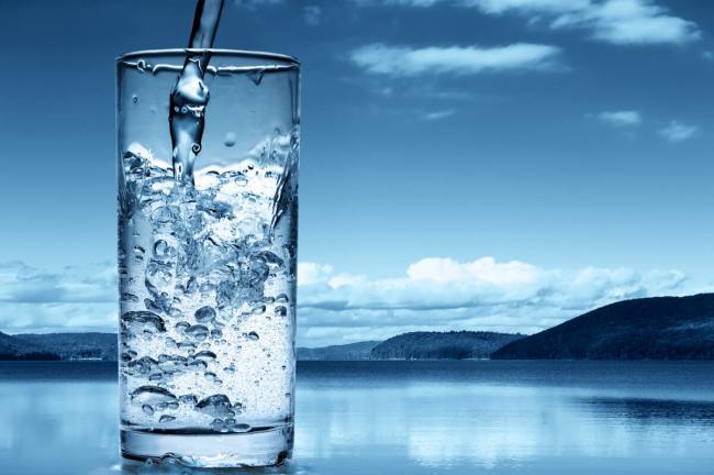 Вода газированная – состав продукта, польза и вред; как сделать в домашних условиях; применение в кулинарии