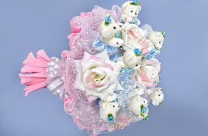 Букет из игрушек и конфет; как сделать из мягких, плюшевых мишек, мастер класс пошагово